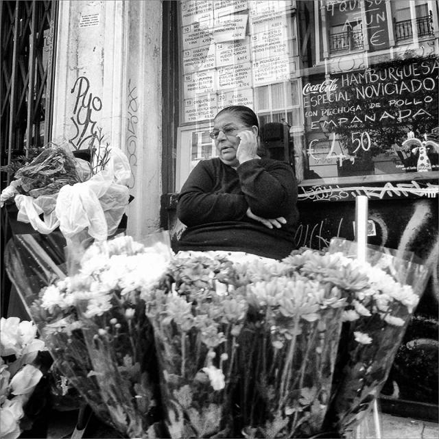 2013-11-13-again-the-Florist-2C